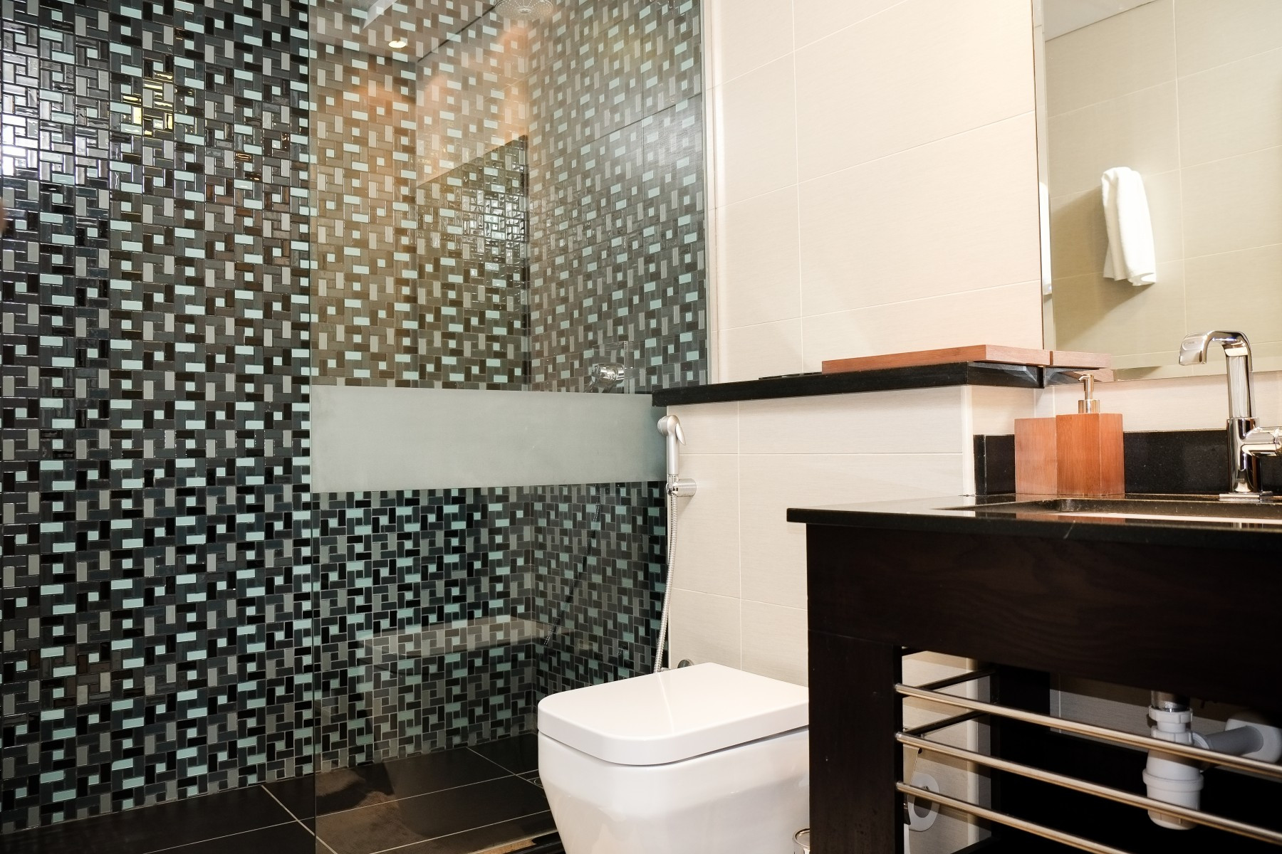 Serviced apartment in Cayan monthly - Apartments in Dubai