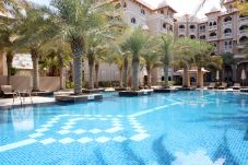 Apartment in Dubai - Luxurious Palm Resort on monthly basis