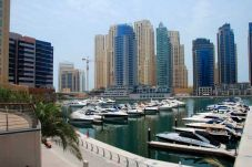 Apartment in Dubai - Short term rental in Marina at competitive rate