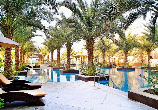 Apartment in Dubai - Short term rental at The Palm