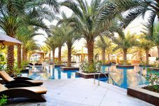 Apartment in Dubai - Short term rental at The Palm