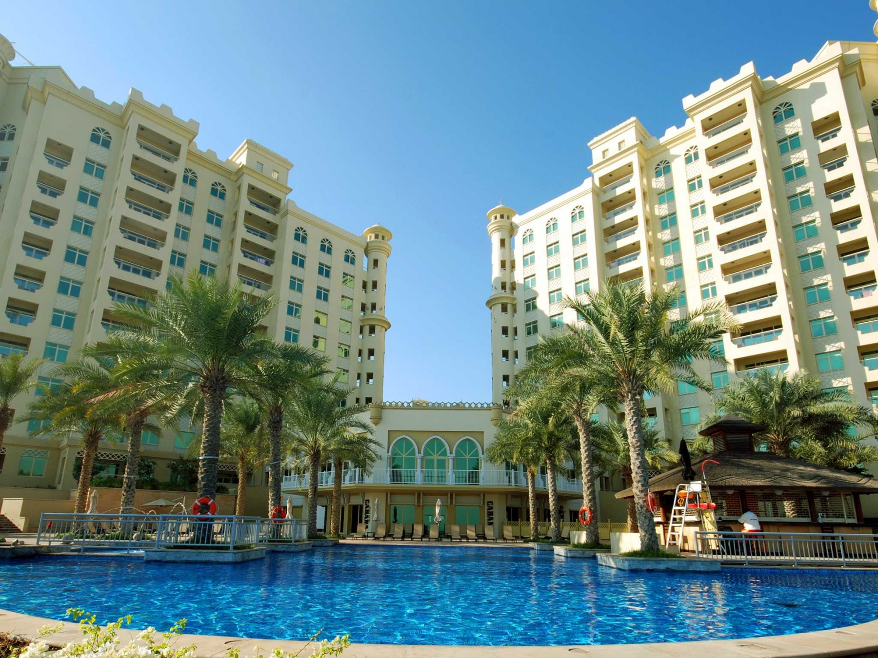 Apartments in dubai huge 3 br apartment on the palm jumeirah - Appartement avec vue palm jumeirah dubai ...