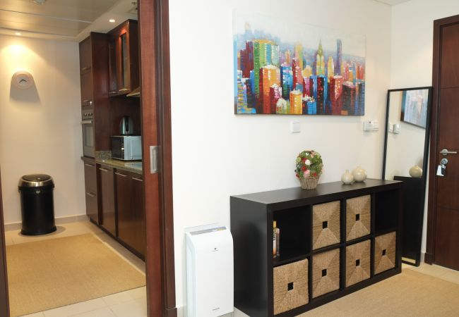 Apartment in Dubai - High rise living in heart of Marina