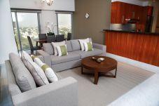 Apartment in Dubai - Serene and luxurious condo in DIFC