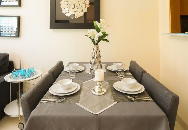 Apartment in Dubai - Incredible 1 Bedroom short term rental By Marina Waters