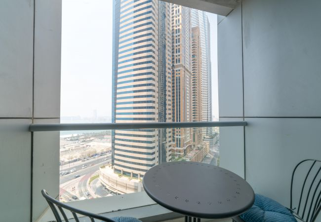 Apartment in Dubai - Light and Modern Sophistication In A 2 BR Apartment