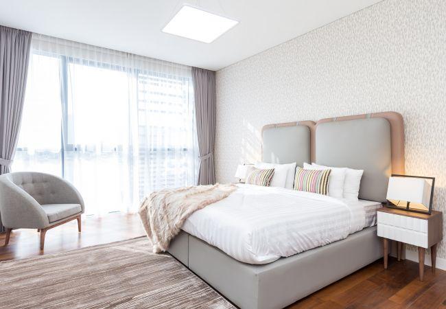 Apartment in Dubai - Beautiful Family Apartment in the heart of City Walk