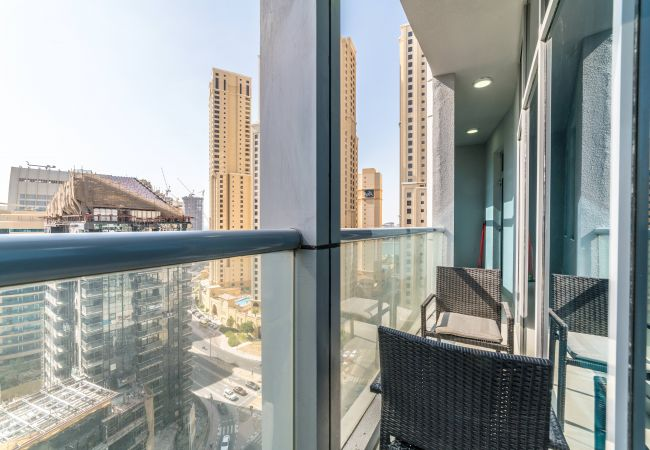 Apartment in Dubai - Grandiose 3BR Apartment by the Lake